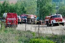 Požár skladovací haly na Bojišti v Trutnově, pohřešují se dvě děti