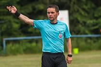 Rozhodčí Marek Pilný se v neděli vrátil k pískání v duelu Malé Svatoňovice - MFK Trutnov C.