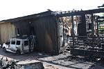 V Trutnově u chatové osady Za Komínem shořel v neděli nad ránem rodinný dům.