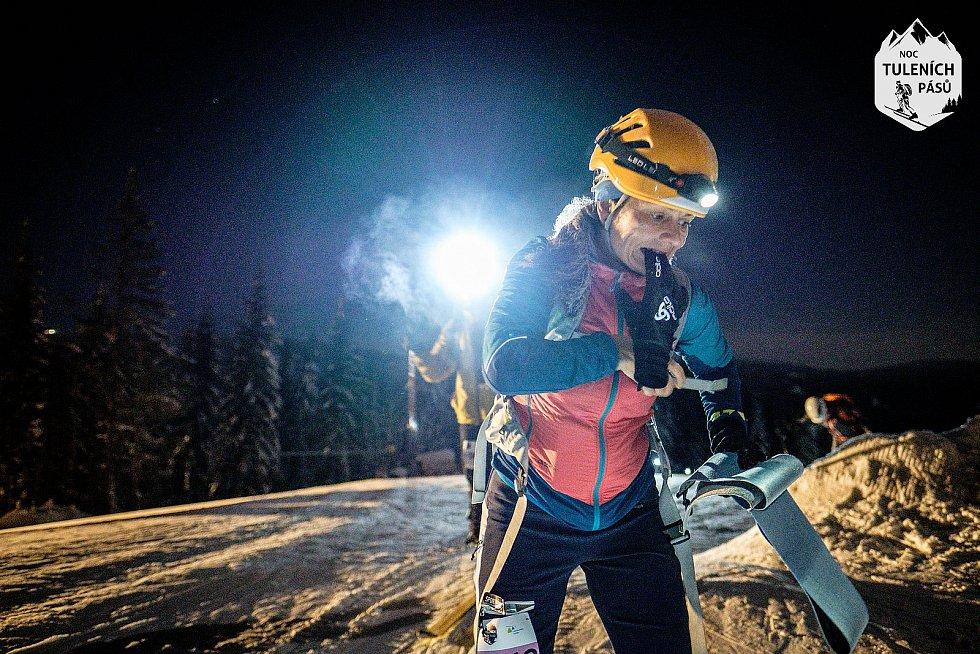 Noc tuleních pásů 2019 v Peci pod Sněžkou.