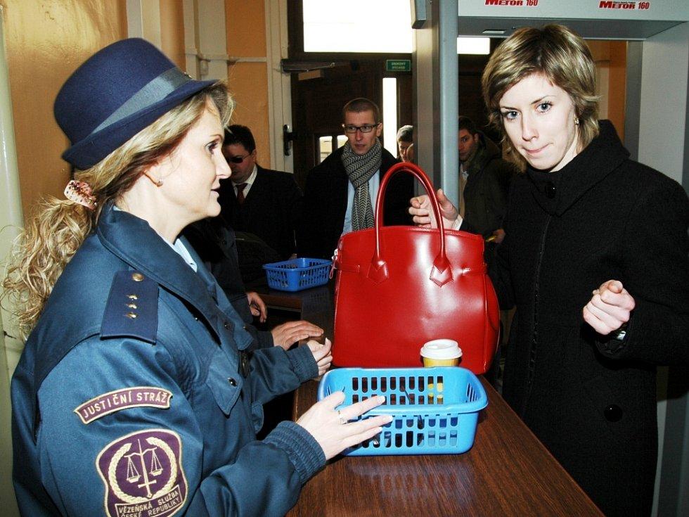 Ztohoven - soud v Trutnově, 25. března 2008