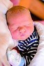 NIKOLA JERIE se narodil 9. ledna mamince Celestýně. Vážil 4,12 kg a měřil 55 cm. Spolu se sourozenci Anetou a Matyášem má domov ve Jilemnici.