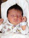 GABRIELA SLEZÁKOVÁ se narodila 9. října ve 13.30 hodin. Vážila 3,46 kg a měřila 48 cm. S rodiči Petrou a Petrem už doma v Suchovršicích čeká i sestřička Eliška.