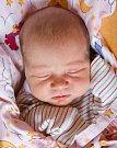 ZUZANA JEŽKOVÁ se narodila Simoně a Petrovi 10. září v 17.05 hodin. Vážila 3,45 kg a měřila 50 cm. Rodina bydlí v Libni u Nového Bydžova.