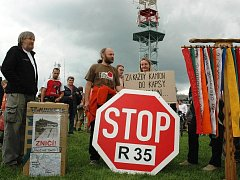 Aktivisté - R 35