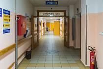 Lůžkové oddělení ortopedie trutnovské nemocnice je dočasně uzavřeno, ošetřovatelský personál se bude věnovat speciálnímu covidovému oddělení.