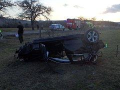 Osudná havárie osobního automobilu u Nových Lesů.