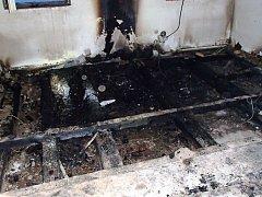 Požár penzionu v Dolním Dvoře