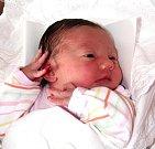 JOHANA PŘÍVRATSKÁ se narodila 13. září ve 4.11 hodin Lucii a Michalovi. Vážila 3,48 kg a měřila 50 cm. Doma v Trutnově už čeká i sestřička Jůlinka.