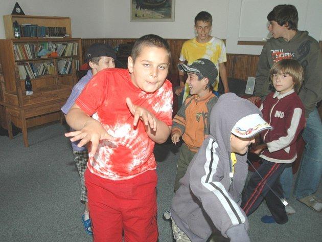 Děti z uprchlického tábora v J. Lázních