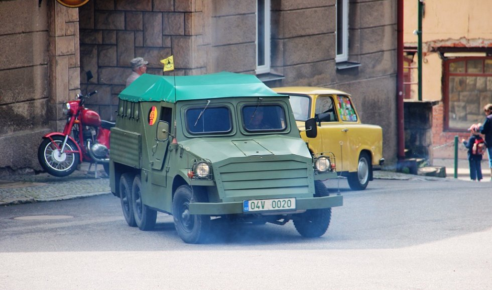 Trabanty zavítaly na svatoňovické náměstí