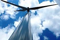 Větrná energie půjde do sítě i od Vraních hor