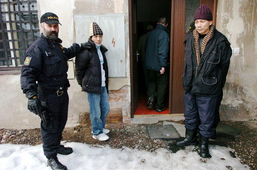 Policejní zátah na Vietnamce v Prosečném