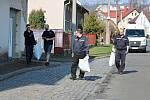 Dobrovolnická akce Ukliďme svět, ukliďme Česko v Mladých Bukách.