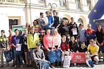 MARATÓNSKÁ JILEMNICE. Úspěšní závodníci Juniorského maratonu postupují na republikové finále. V Jilemnici se stal nejlepším týmem výběr domácího Gymnázia.