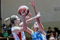 Hradecké lvice kralovaly v derby s trutnovskou Karou.