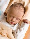 TÝNA ČEŘOVSKÁ se narodila Martině a Jiřímu 24. července v 18.00 hodin. Měřila 52 centimetrů. Domov rodina bude mít ve Dvoře Králové nad Labem.