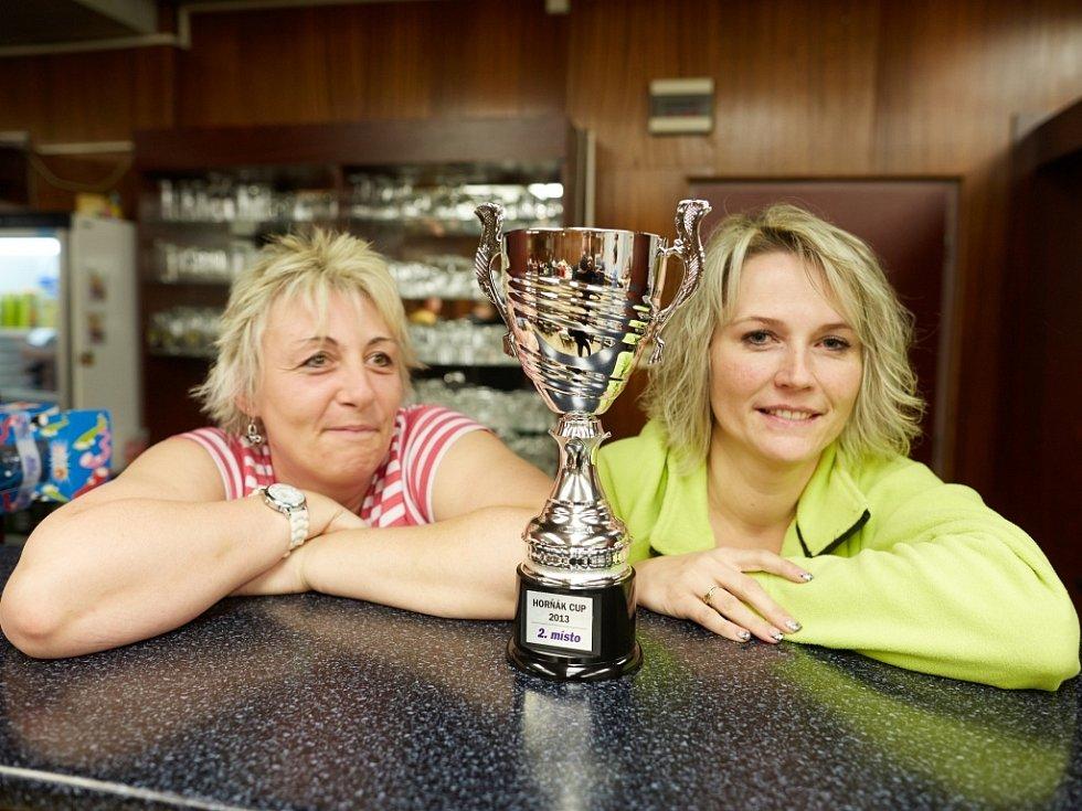 Horňák cup 2013 - sličná obsluha v baru