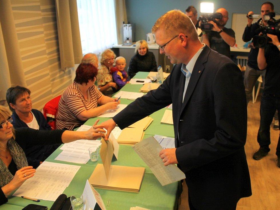 Ministr Bělobrádek u voleb