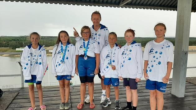 Trutnovští plavci formou výroční zprávy zhodnotili loňský soutěžní rok.