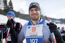 NEJLEPŠÍ ČESKÝ SKIFAŘ dnes na lyžích nebude stát zdaleka poprvé. Vyzkoušel si již i závod Jizerské padesátky.