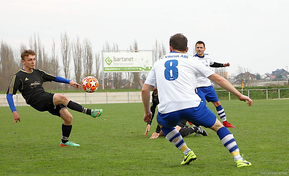 Vrchlabští fotbalisté si na domácím hřišti poradili se soupeřem ze Sobotky.