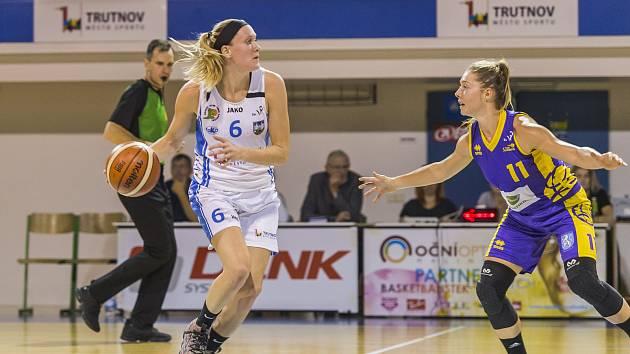 Američanka Brittany Carterová hned ve svém prvním zápase za Trutnov nastřílela nejvíce bodů za svůj tým. Slovance dala 18 bodů.
