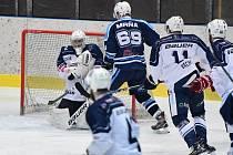 Trutnov v derby přehrál rivala z Vrchlabí. Skvěle zachytal domácí gólman Ašenbrenner.