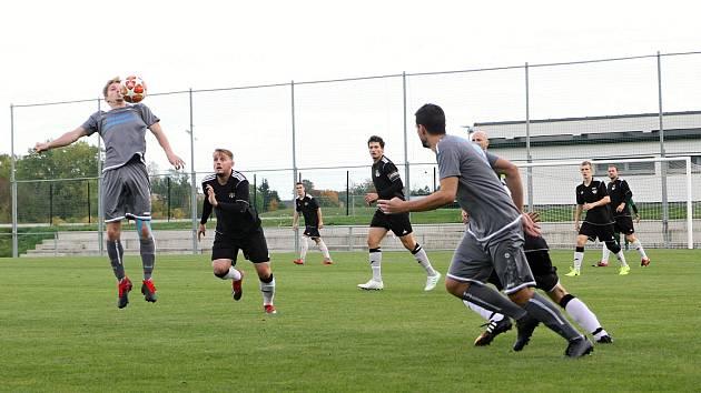 Vrchlabští fotbalisté vyhráli zápas, ačkoliv hrál soupeř od 11. minuty přesilovku.