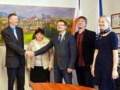 Estonský voják se omluvil za okupaci