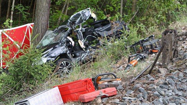 Tragický střet vlaku s autem v Bílé Třemešné