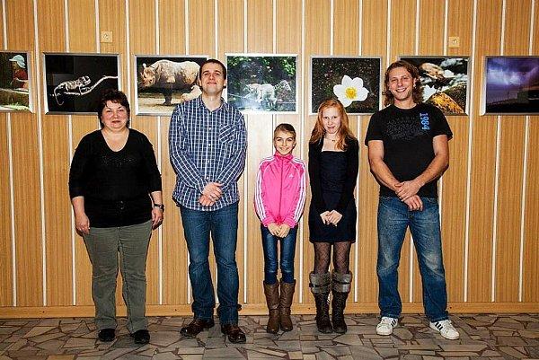 Vítězové fotografické soutěže KRNAP při vyhlášení vzoo Dvůr Králové