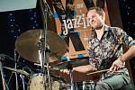 Koncert Alex Garnett Quartet na trutnovském festivalu Jazzinec.