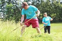 Mistrovství Havlovic v sečení trávy kosou - 2016