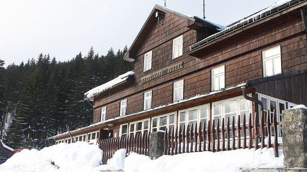 Lysečinská bouda v Krkonoších je po letech otevřená