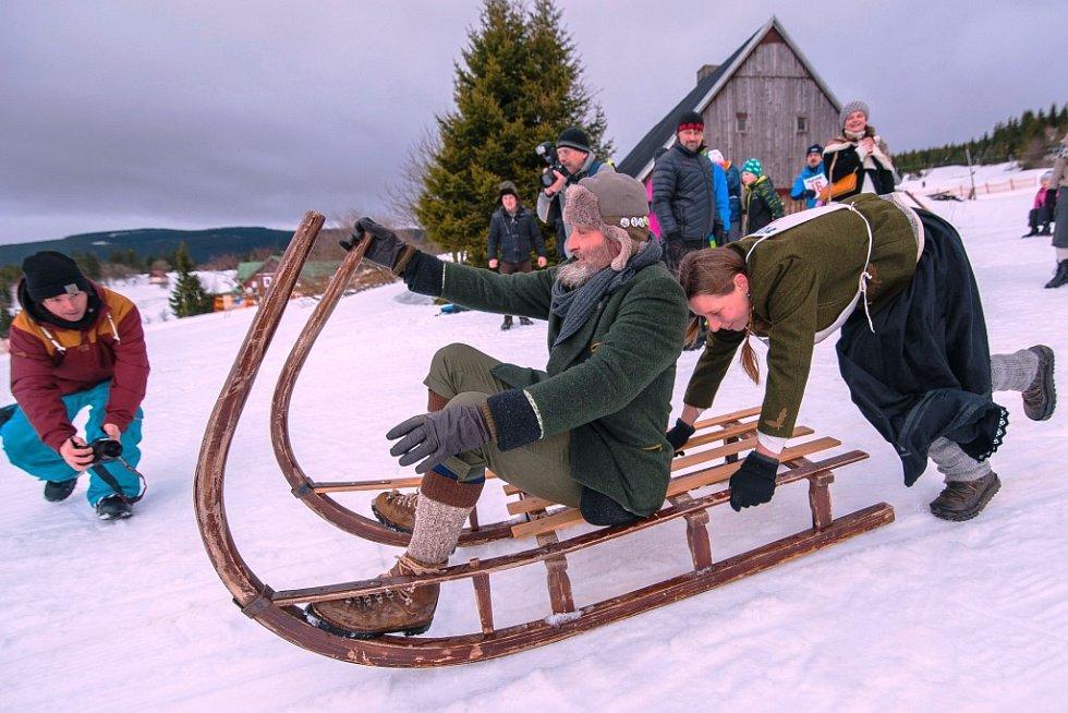 Závody na historických rohačkách v Malé Úpě připomněly tradici přepravy na horách, sváželo se na nich dřevo a seno. Sloužily také jako velká atrakce turistům.