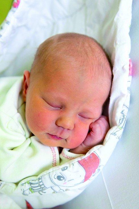 VERONIKA se narodila 29. dubna rodičům Anně a Petrovi. Rodina má domov v Chotči.