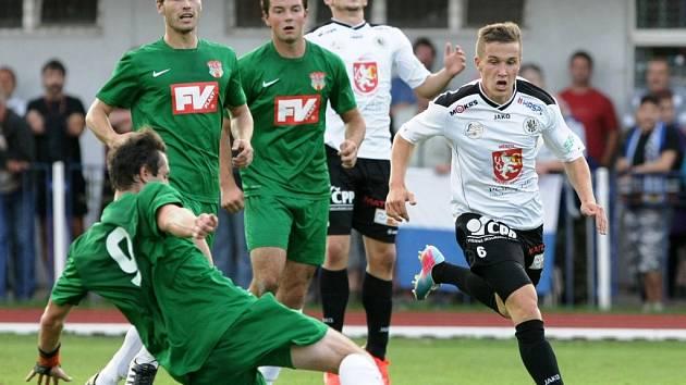 Pohár České pošty 2013: Dvůr Králové (divize) - Hradec Králové (2.liga)