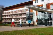 REHABILITAČNÍ ÚSTAV v Hostinném prošel nedávno rekonstrukcí za 300 milionů korun.