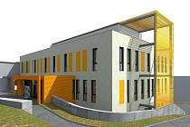Než bude v areálu trutnovské nemocnice stát nová budova transfúzního oddělení a nukleární medicíny, to ještě chvíli potrvá. Nejdřív přijde demolice původního objektu, potom výstavba nového.