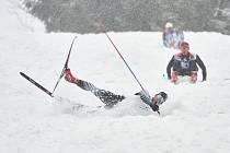 Sobotní 65. ročník Krkonošské 70 v běhu na lyžích absolvovalo 641 závodníků. Zasněženými horami projel nejrychleji v hlavním závodě na 70 km trutnovský tým Kasper - Swix.