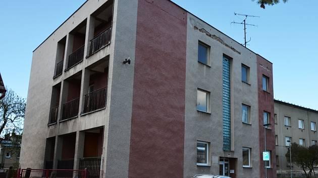 ŽOFIE – AZYLOVÝ dům,  je ve Dvoře Králové plně vytížený.  Jeho kapacita je deset klientů.