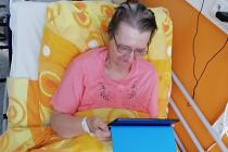 Tablety od mobilního operátora T-Mobile využívají především pacienti na lůžkách následné péče, kterých je v nemocnicích Penta Hospitals CZ více než čtyři sta.