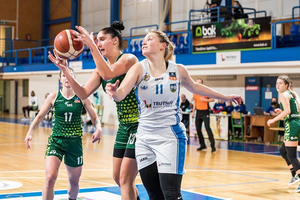 Basketbalistky trutnovské Lokomotivy nestačily v domácím utkání na soupeře z Ostravy.