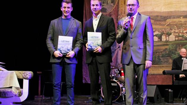 Martin Šonka (uprostřed)