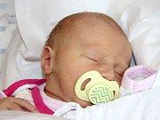 LAURA MARTÍNKOVÁ se narodila 23. října ve 4.09 hodin Karolíně Čepelkové a Jakubu Martínkovi. Vážila 3,7 kilogramu a měřila 50 centimetrů. Rodina bude bydlet v Malých Svatoňovicích Odolově.