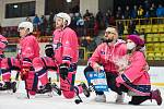 Přítomnost Vendulky Fenikové pomohla trutnovským hokejistům ke třem bodům.