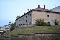 Trutnov chce oživit objekt bývalé věznice. Lidé vybírali v anketě ze dvou návrhů na jeho využití.