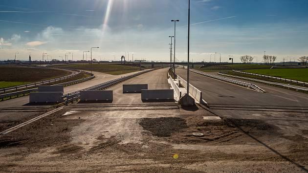 Dostavba dálnice D11