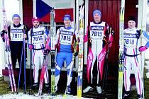 HASIČI Z ROPRACHTIC vyrazili na legendární Vasův běh ve Švédsku. Zúčastnili se zleva:Miloslav Miksánek, Milan Janata, Jan Zelenka, Mirek Zelenka, Lukáš Šulc.